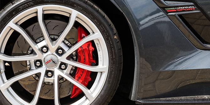 Chevrolet Corvette Däck & Fälg